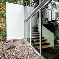 Neutra-entrance-wall