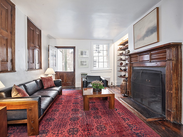 Photos of 131 Charles St for broker Wendy Gleason of Halstead