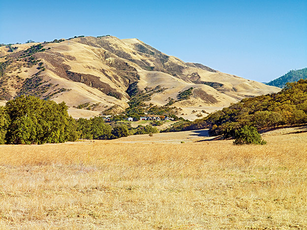 luxury-equestrian-ranch-california-25