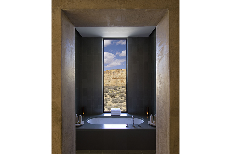 Amangiri - Bath & Shower View