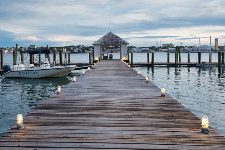 kilkee-house-paradise-island-nassau-bahamas_03-1500x570