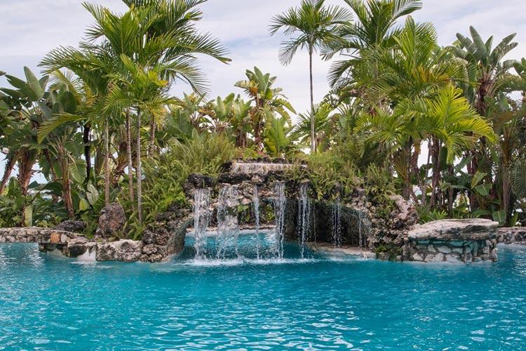 kilkee-house-paradise-island-nassau-bahamas_05-1500x570