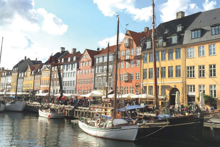 The very photogenic Nyhavn