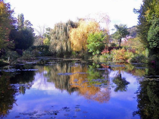 Monet-Giverny-Garden