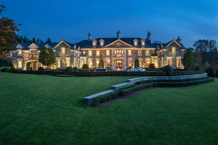 30 000 Sq Ft Luxury Mansion On 6 Acres Of Land In Alpine Nj