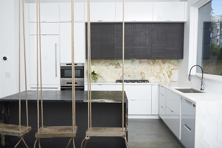 Kitchen Designs And Setting The Table