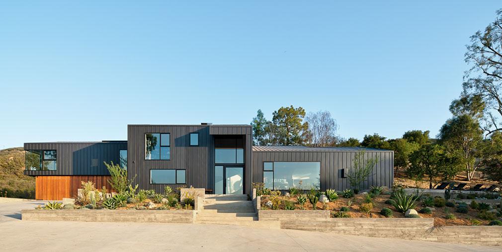 malibu residence exterior