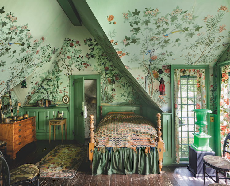 Two Centuries Of Scenic Wallpaper Explored In This Must Read