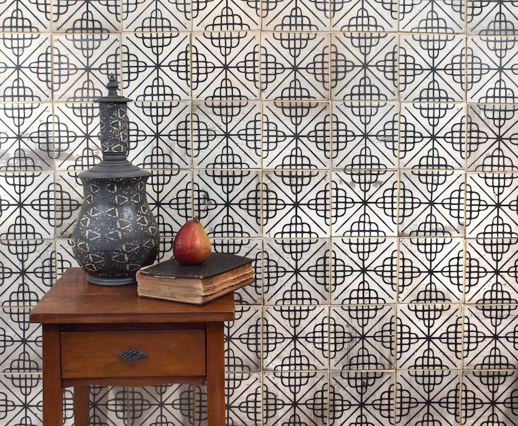 monochromatic decor black and white tiles