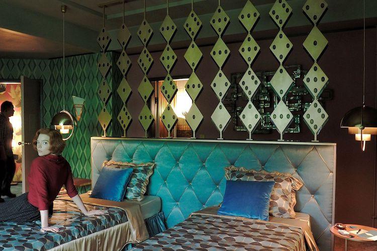 the queen's gambit best hotel rooms las vegas